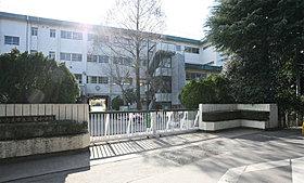 さいたま市立三室小学校まで徒歩14分(1090m)