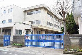 松戸市立馬橋小学校(徒歩2分)