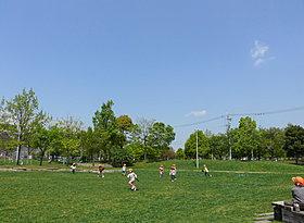 夏には「豊島まつり」も開催される豊島公園
