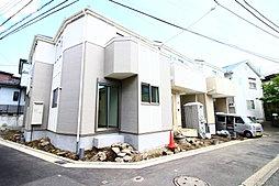 JR戸塚駅徒歩12分 南西側道路に面した2階建 カースペース付...