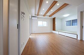 【モデルハウス例】広いリビングルーム。