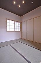 趣向を変えた和テイストのお部屋も自由設計で実現!(当社施工例