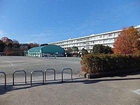 山口小学校(約750m/徒歩10分)