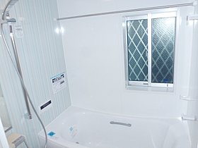 バスルーム 浴室換気暖房乾燥機付き。ヒートショック対策。