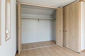 各居室収納スペース有り。(当社施工例)