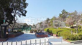 香里ケ丘中央公園