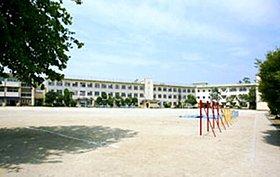 通学も楽々、人気の中野木小学校(350m)徒歩5分!