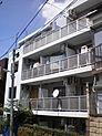 平成3年築、立教大学や帝京大学への通学に便利な立地です
