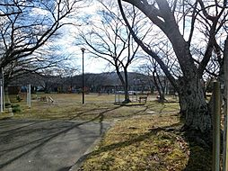 三本松公園まで徒歩3分(190m)