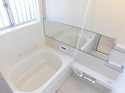 リフォーム済。浴室写真です。ハウステック製の浴室を設置しました。新品のお風呂で一日の疲れを癒してください。