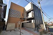 築浅でデザイン性の高いオシャレな外観