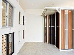 玄関ドアや門柱など外構まわりのエクステリアコーナーです。