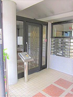 マンション(建物一部)-京都市右京区西院清水町 インターホンが独立して少し変わった設置のされ方でお洒落です