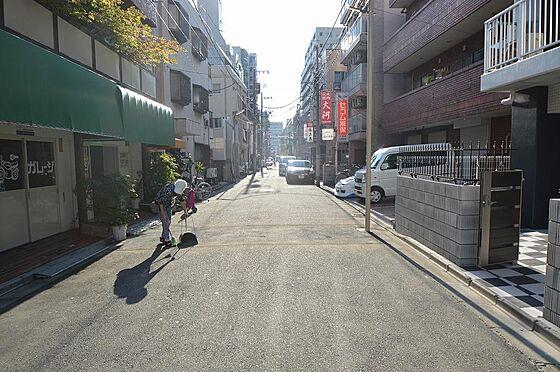 マンション(建物全部)-川崎市川崎区小川町 前面道路は約5.75mと余裕があります