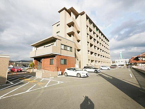 マンション(建物全部)-東広島市高屋町杵原 外壁と陸屋根は外断熱施工 1階床フロアはGL1m