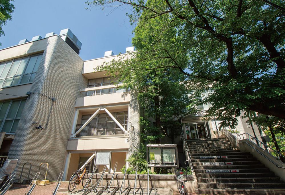 区立高円寺図書館 約560m(徒歩7分)
