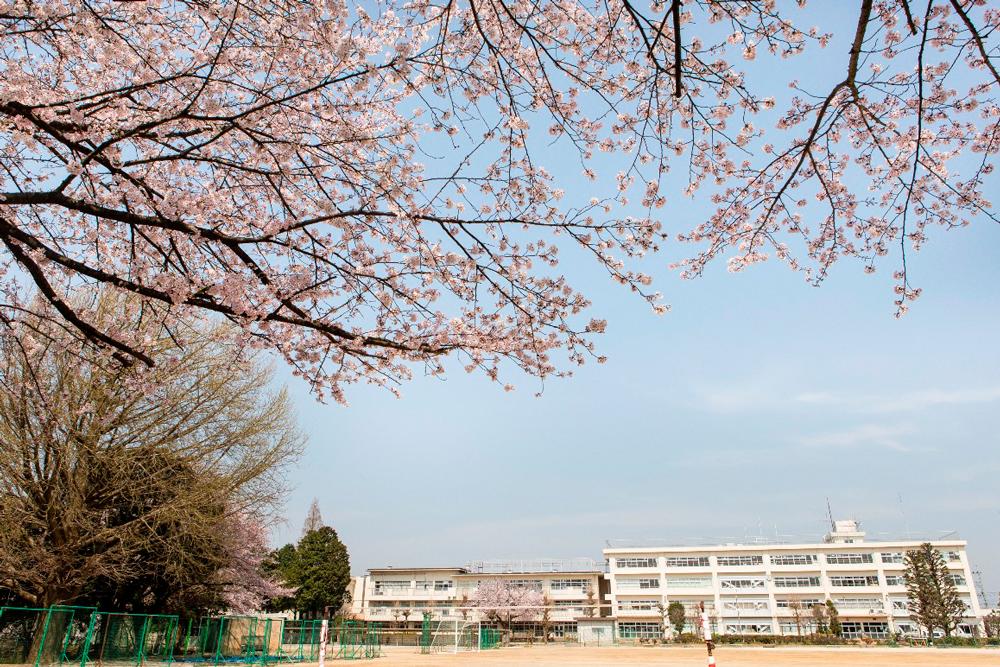 市立田中中学校 約1,080m(徒歩14分・自転車5分)