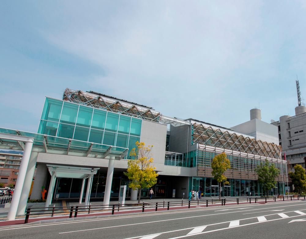 山梨県立図書館 約230m(徒歩3分)