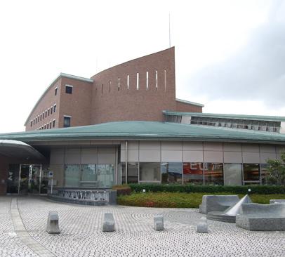 富士市立中央図書館 約390m(徒歩5分)