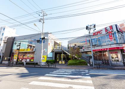 徳丸スクエア 約640m(徒歩8分)