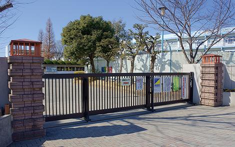 戸田第一小学校 約184m(徒歩3分)