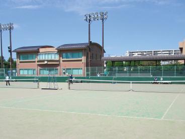 青木町公園テニスコート 約860m(徒歩11分)