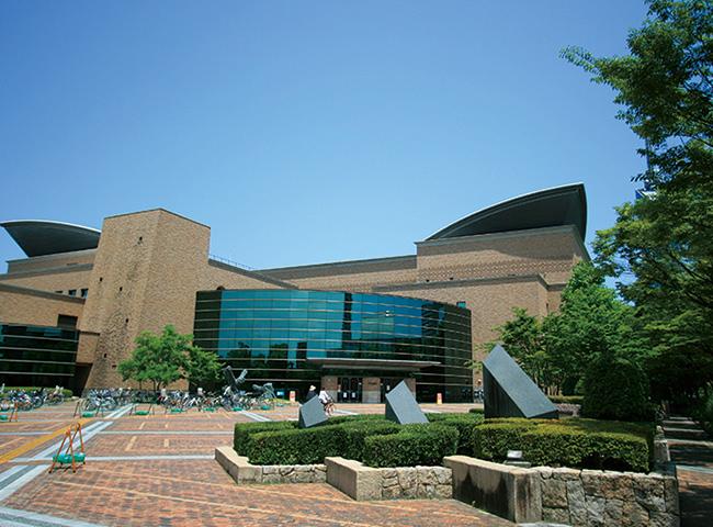 福岡市総合図書館 約1,150m(徒歩15分)