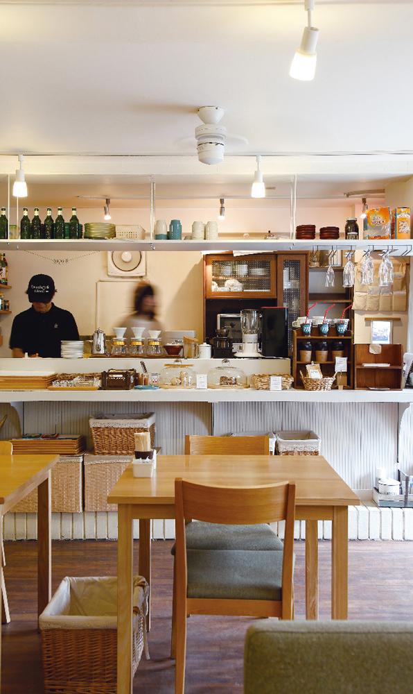 cafe michikusa 約920m(徒歩12分)