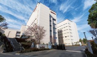 昭和音楽大学 約1,120m(徒歩14分)
