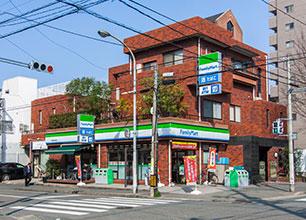 ファミリーマート博多対馬小路店 約40m(徒歩1分)