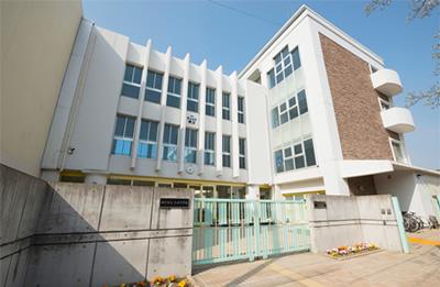 神戸市立太田中学校 約480m(徒歩6分)