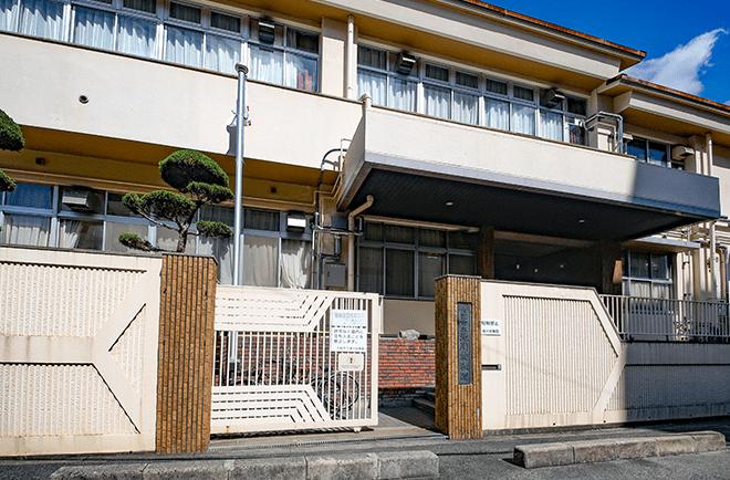 市立滝川幼稚園 約450m(徒歩6分)
