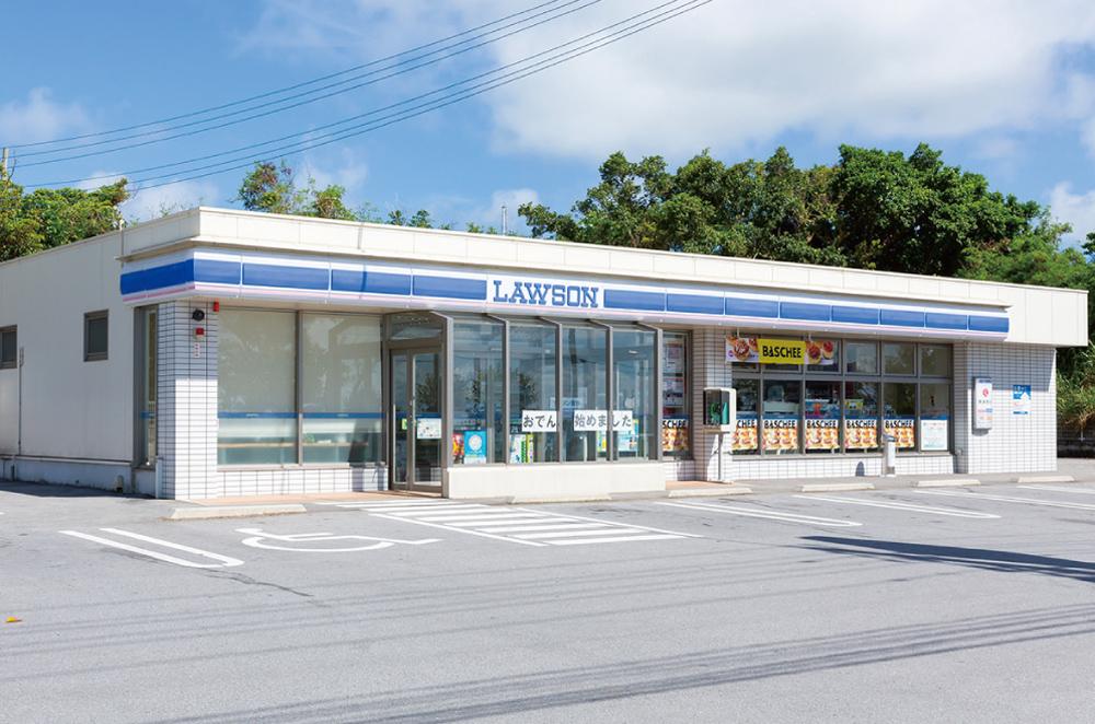 ローソン屋嘉インター店 約350m(車5分)