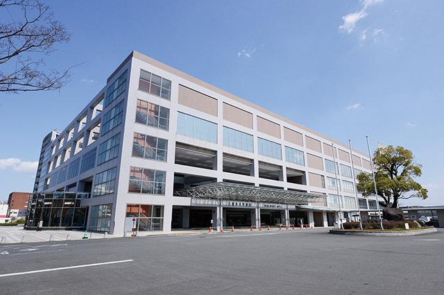 JCHO久留米総合病院 約1,200m(車2分)