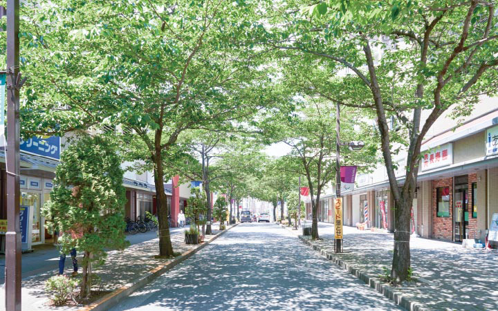 リバーウエスト千本桜通り商店会 約110m(徒歩2分)