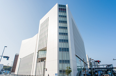戸塚区役所 約2,220m
