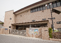 吉川ムサシノ幼稚園 約1,320m(徒歩17分)