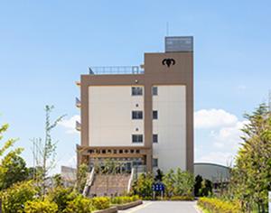市立湊中学校 約1,270m(徒歩16分)