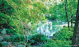 武蔵野の森公園 約2,600m(徒歩33分)