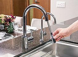 グローエ社製シングルレバー混合水栓