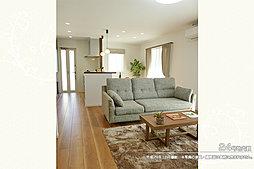 [24号地 内観]平成29年10月撮影 ※写真の家具・調度品は価格に含まれません。