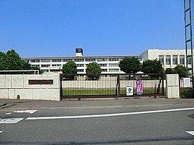 狭山市立入間野中学校:徒歩11分(860m)