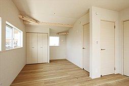 主寝室・洋室(2ドア1ルーム)(施工例写真)