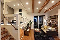 1階納戸とセカ...