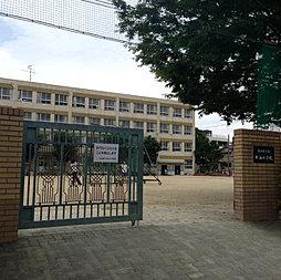 東山小学校
