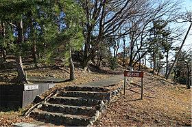 「観月公園」徒歩2分(約120m)
