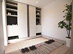 ジブンハウス仕様 モデルハウス(参考プラン例) 広々とした玄関スペース!収納も豊富となっております♪