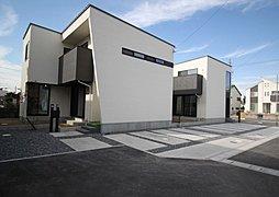 TOSCO 一宮市三条【見せ梁天井高 2.6mと壁一面天然石貼り玄関ホール】の外観