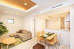 革新的な新時代の空調システム「Z空調」搭載。お部屋のみでなく家全体が快適空間になる健康的な室内空調と優れた省エネ・経済性を実現した全館空調システムです。