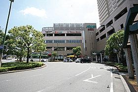東武スカイツリーライン「北越谷」駅徒歩6分。